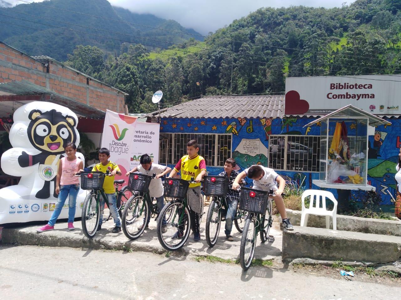 Instalan sistema piloto de bicicletas públicas en el corregimiento de Juntas