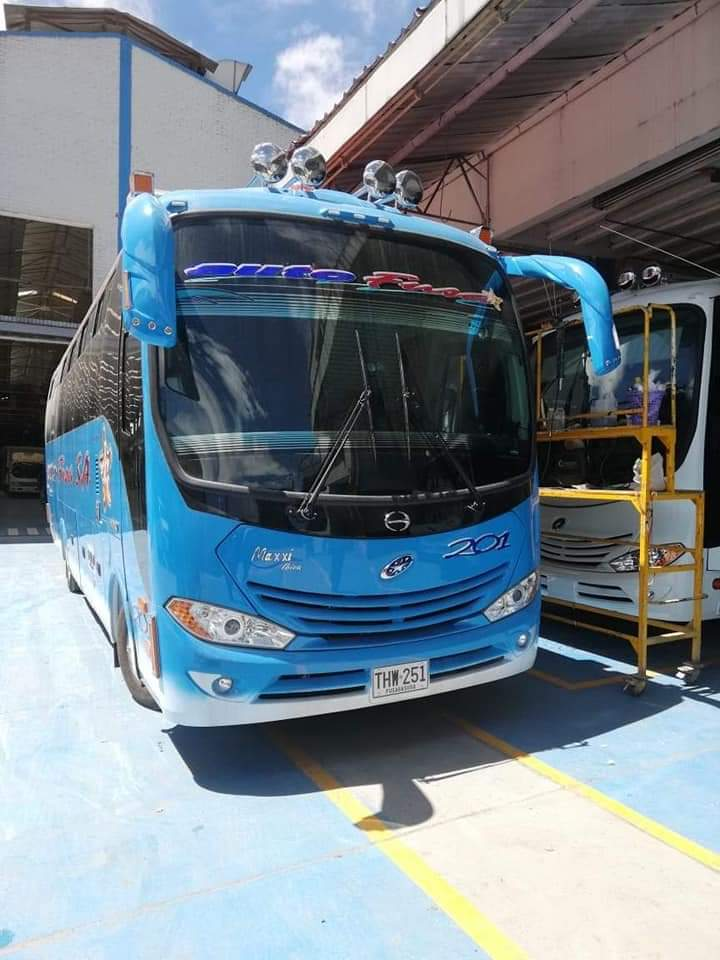 Capturan a responsables de quemar un bus de Autofusa