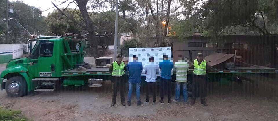 Capturados con elementos robados de una empresa en Payandé