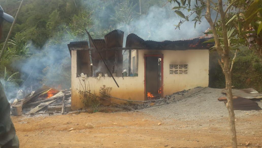 Familia se salvó de explosión de cilindro de gas en casa de vereda en Venadillo