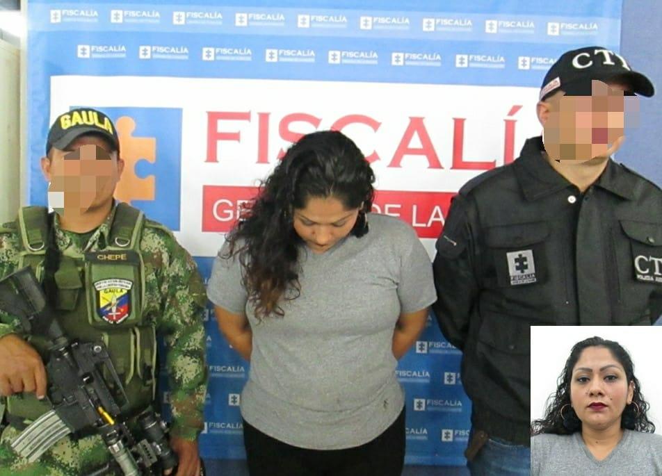 Capturada 'fletera' con condena de siete años de prisión