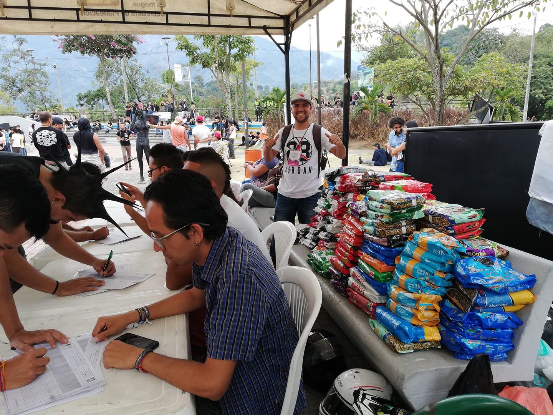 Jóvenes donaron más de una tonelada de alimentos para comunidades vulnerables