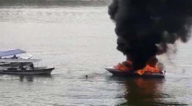 Dos heridos por incendio de lancha en represa de Prado