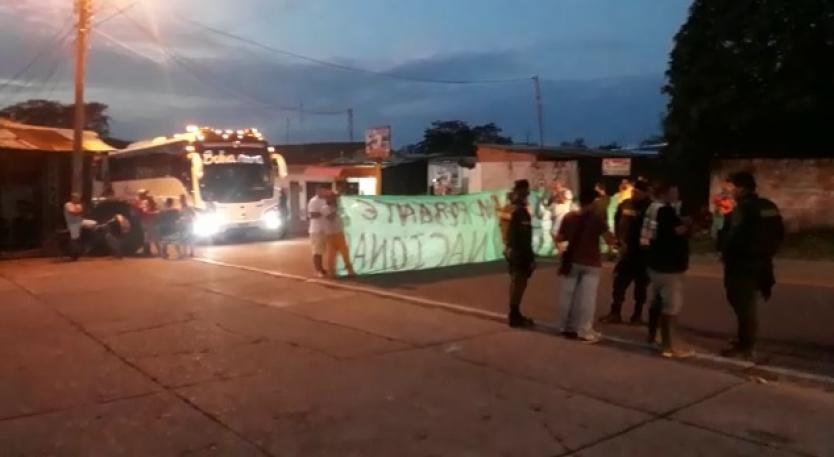 Transportadores de carga liviana del Tolima se sumaron al paro