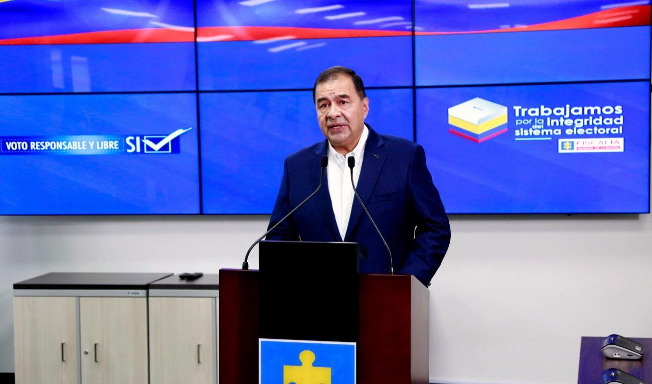 Fiscalía reporta 865 denuncias y $400 millones incautados en jornada electoral de este domingo
