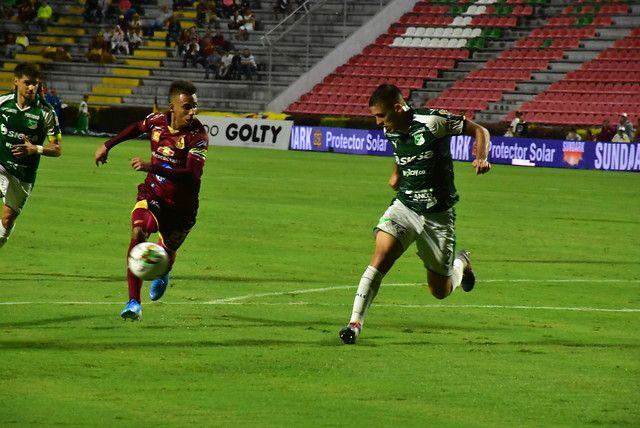 Deportes Tolima goleó al Cali y 'revivió' posibilidades de clasificar