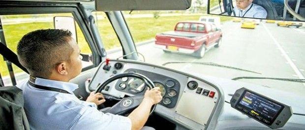 Presiones y abusos contra los conductores de busetas