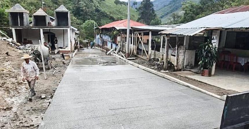 Pavimentación de centro poblado de Dantas reporta un avance del 90 %