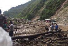 Derrumbes bloquean la vía entre Mocoa y Pitalito