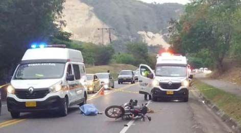 Falleció motociclista luego de chocar contra separador cerca a Melgar