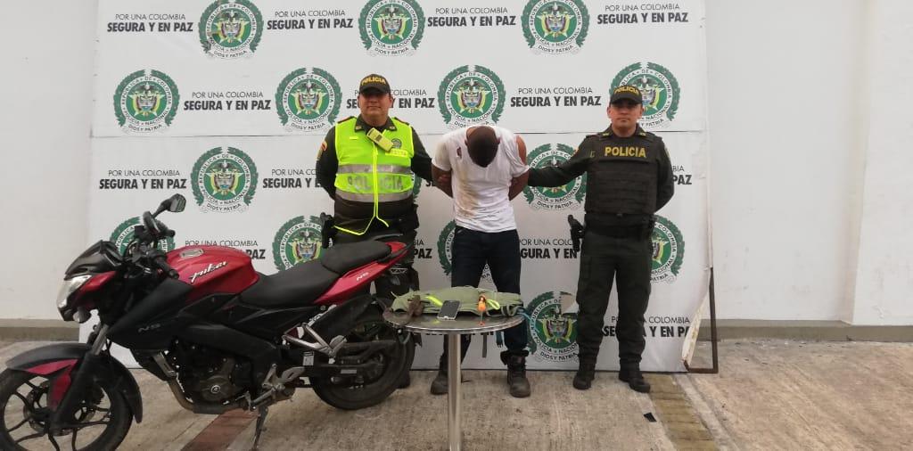 Capturado en el puente del Santofimio con moto robada