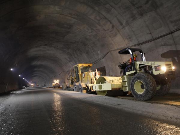 Así luce el impresionante Túnel de La Línea a meses de su inauguración