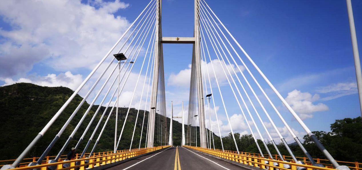 Nuevo Puente de Honda fue sometido a pruebas de carga