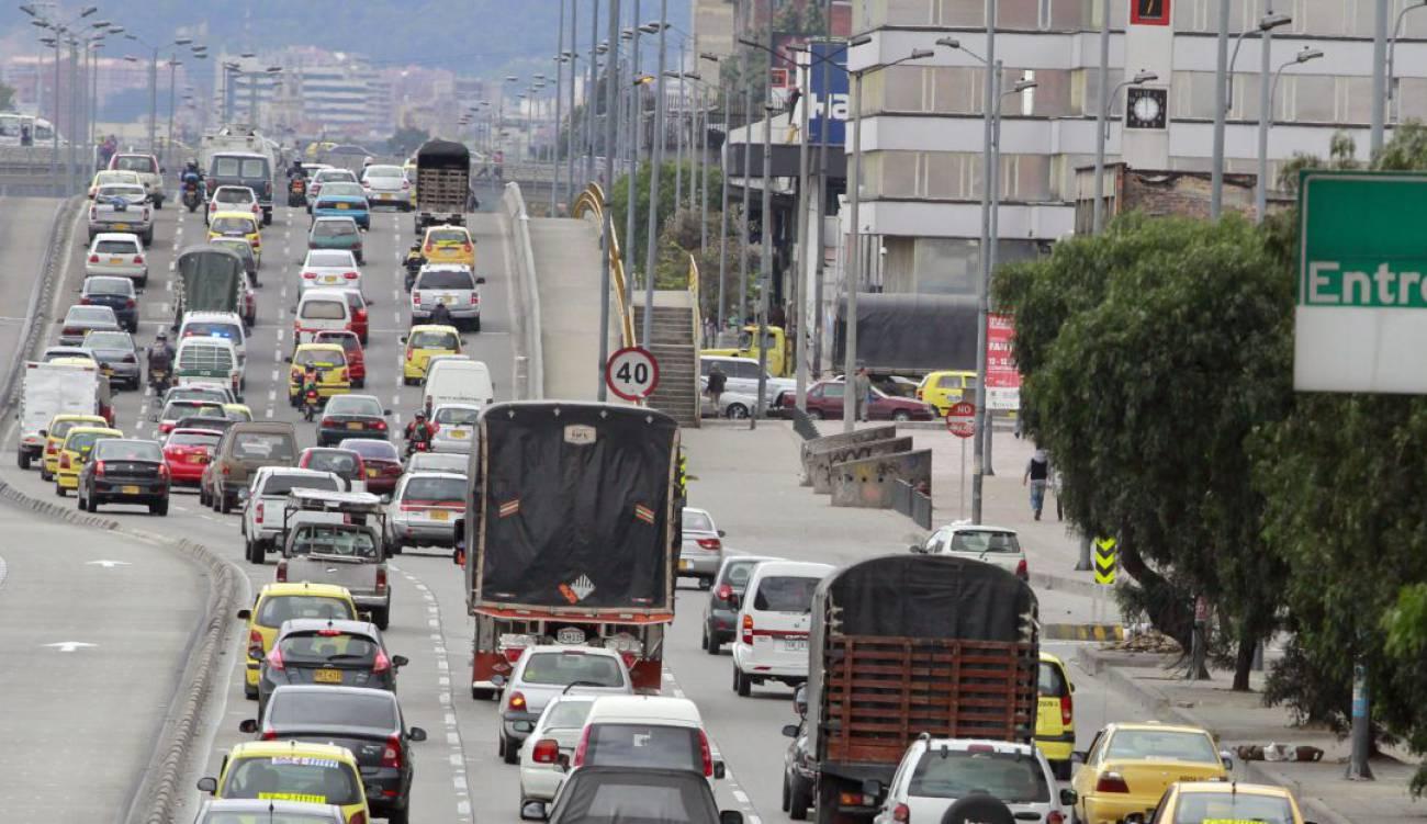 En Bogotá: Firmado decreto que exime de 'pico y placa' a quien pague