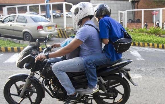 Prohibirán parrillero en motos durante la última semana de diciembre