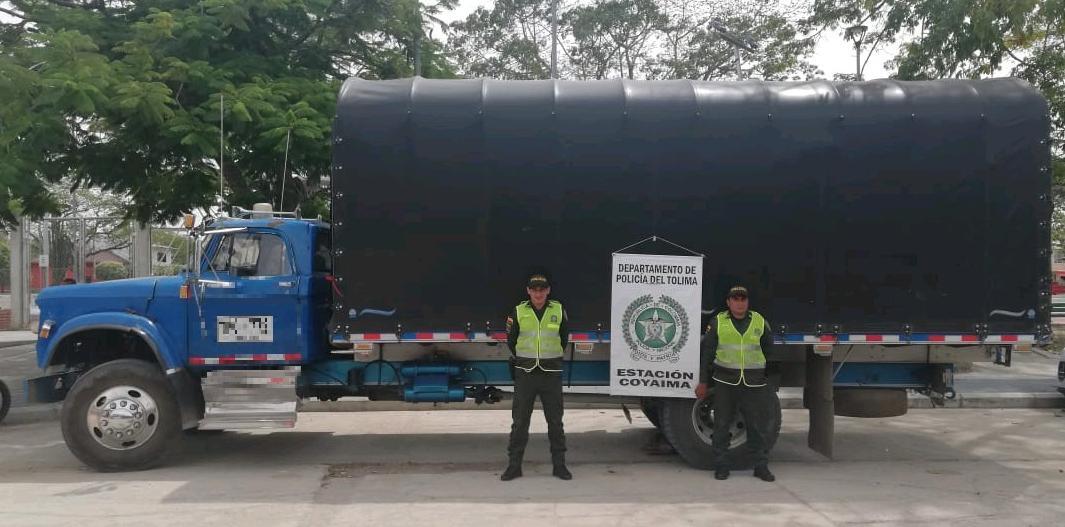 Recuperaron camión robado cargado con café