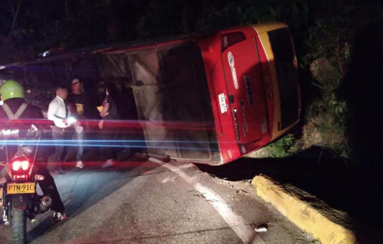 Denuncian negligencia de Rápido Tolima en siniestro que dejó 20 heridos