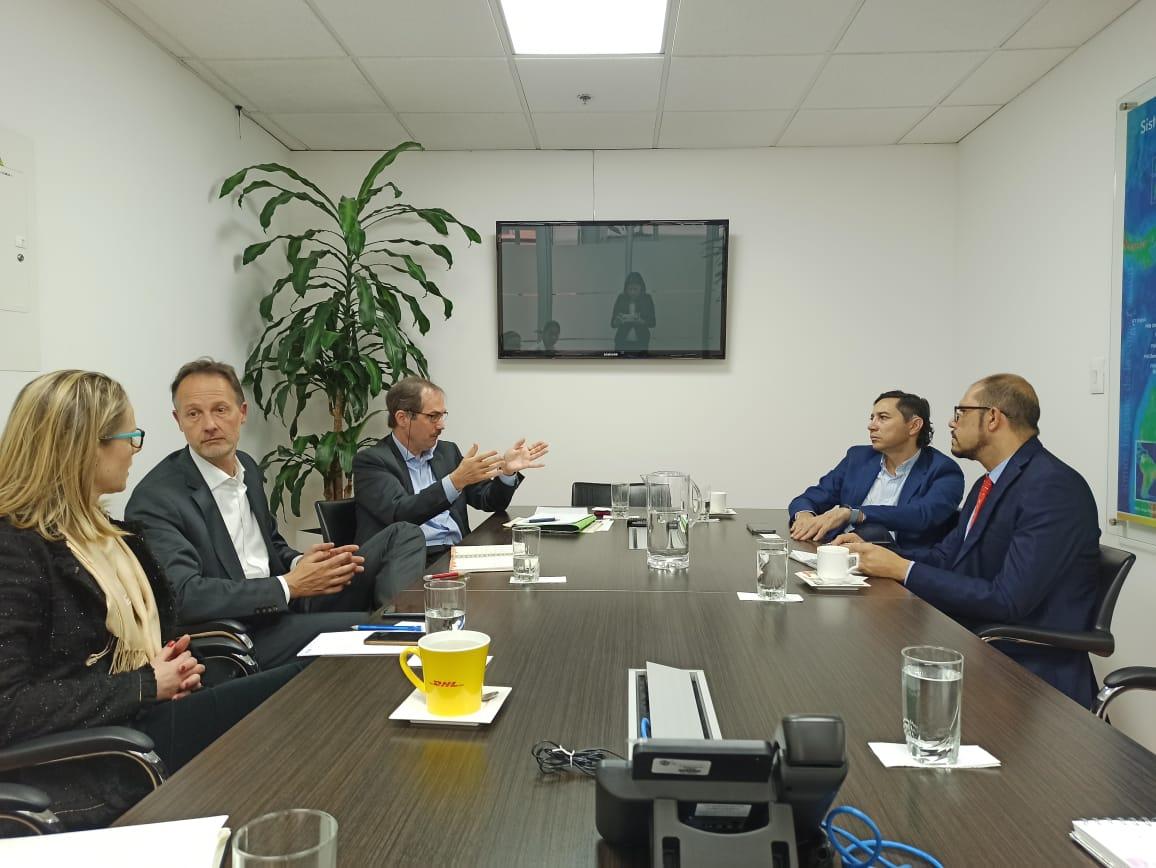 Alcalde gestiona ante banco asesoría para implementación del Sistema Estratégico de Transporte, Setp
