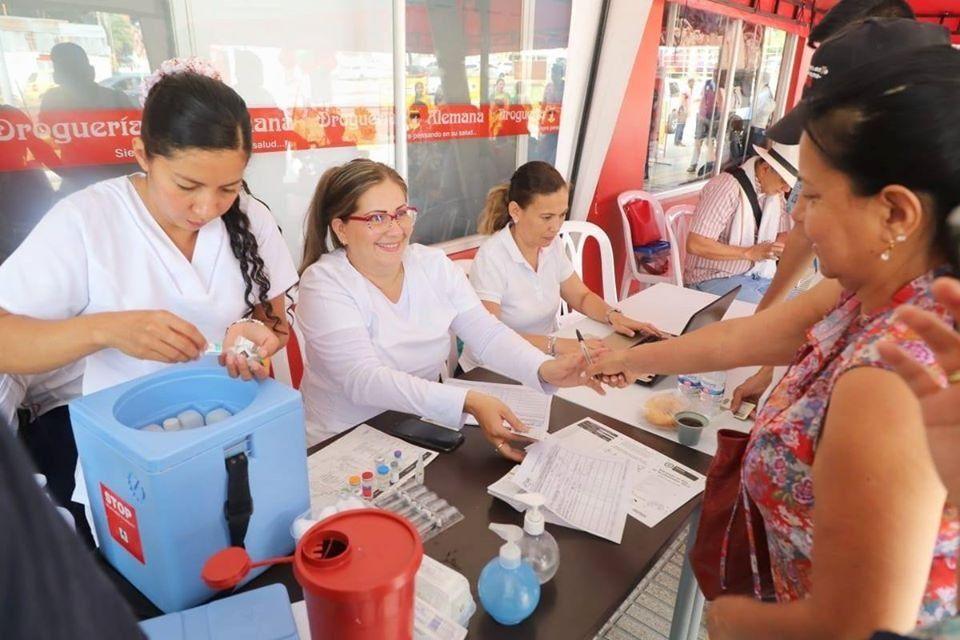 Más de 1.500 personas en Ibagué participaron de la jornada de vacunación