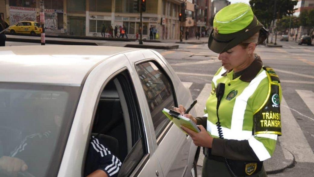 Conductores de transporte ilegal recibieron 51.753 multas el año pasado