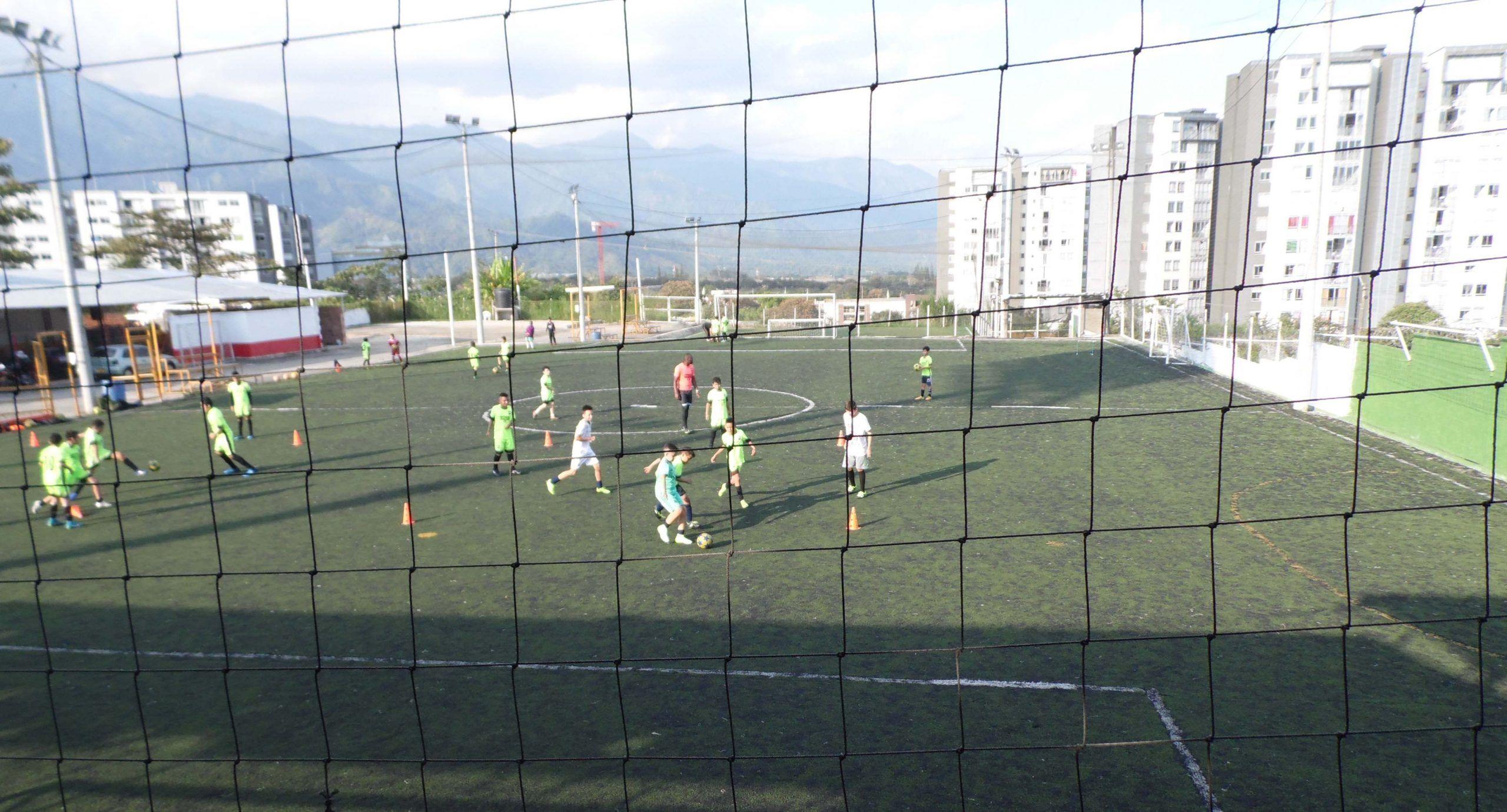 'Copa América de minifútbol para taxistas' repite en las 'Canchas Sintéticas Fútbol 9' de El Poblado