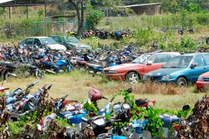 Más de 3.000 vehículos abandonados en parqueaderos en en el Tolima
