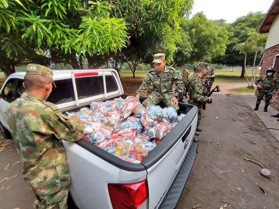 Soldados del Batallón Patriotas llegaron con mercados a la población vulnerable