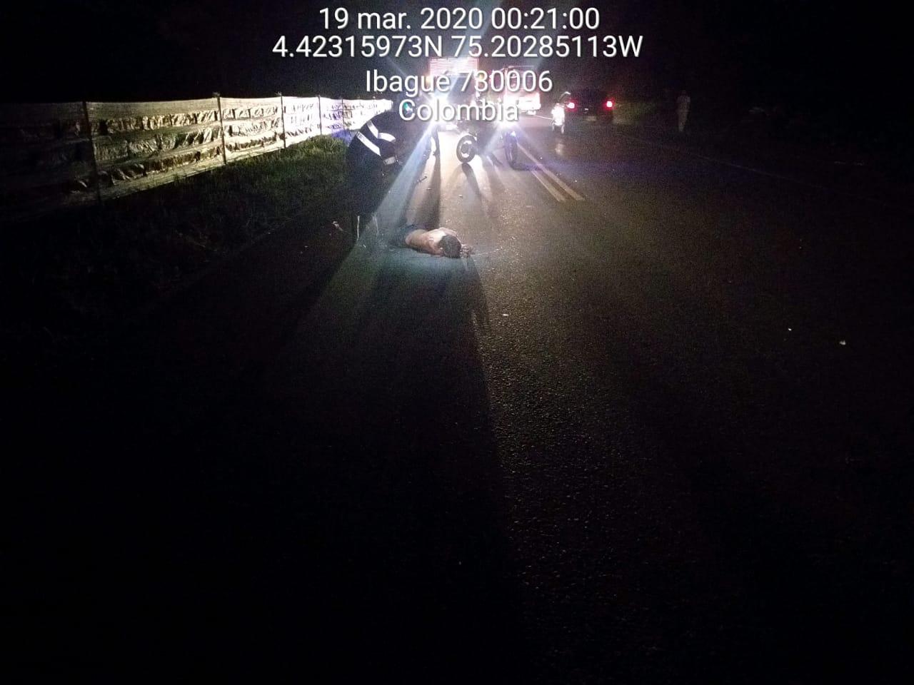 Falleció caminante arrollado por un camión en la Variante