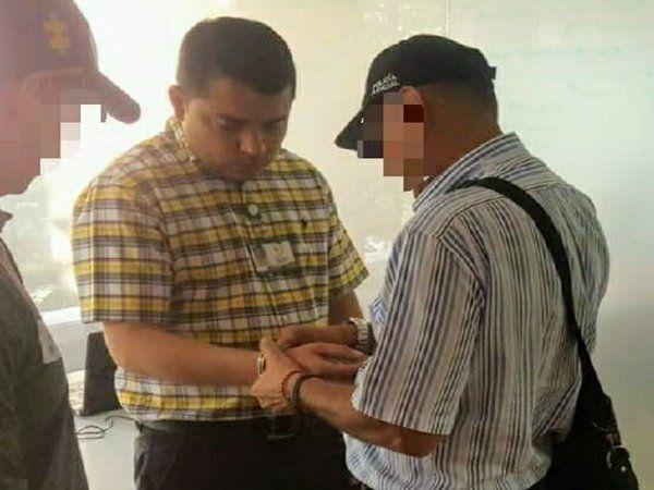 Acusado ex alcalde de Alvarado por presuntas irregularidades en contratación