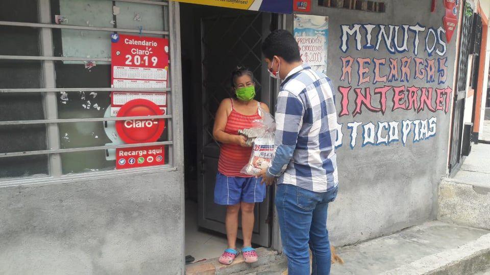 Comerciantes informales recibieron kits por la vida