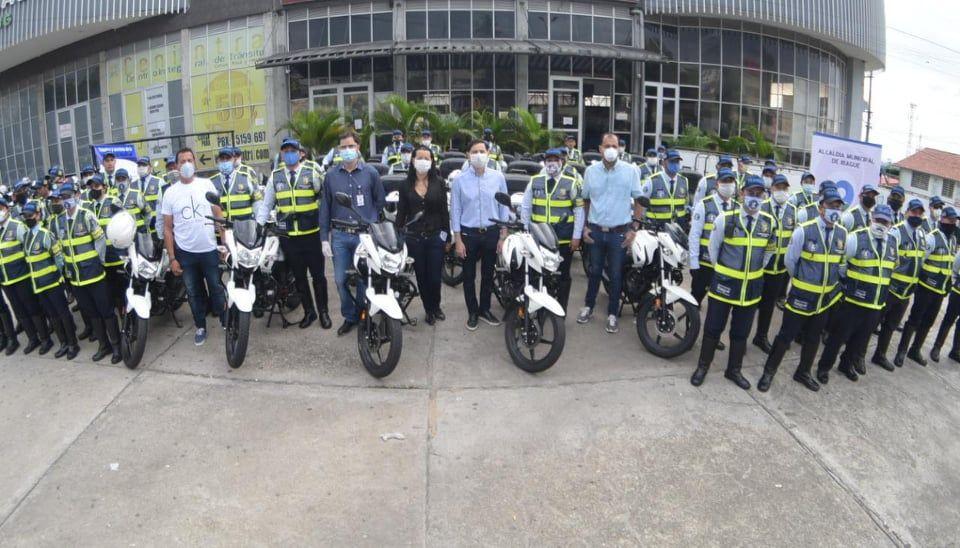 Agentes de tránsito recibieron nuevo parque automotor