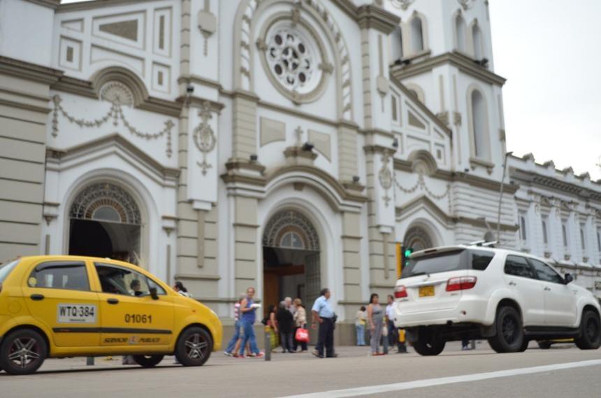 Servicio de taxi funcionará con restricciones durante cuarentena nacional