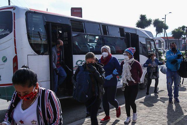 Suspenden a cinco empresas de transporte terrestre de pasajeros