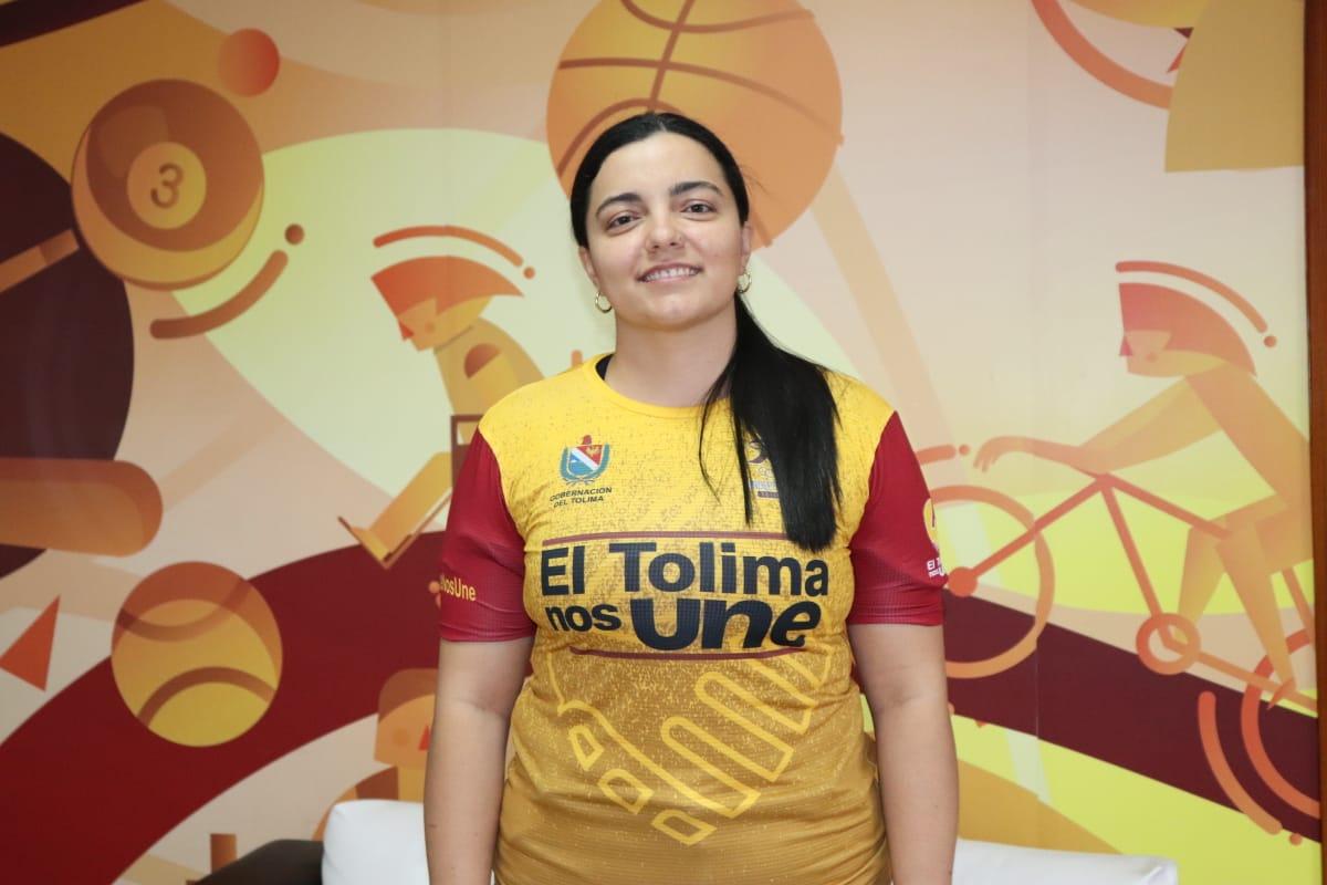 Andrea Cardona: 'La buena hija retorna a casa'