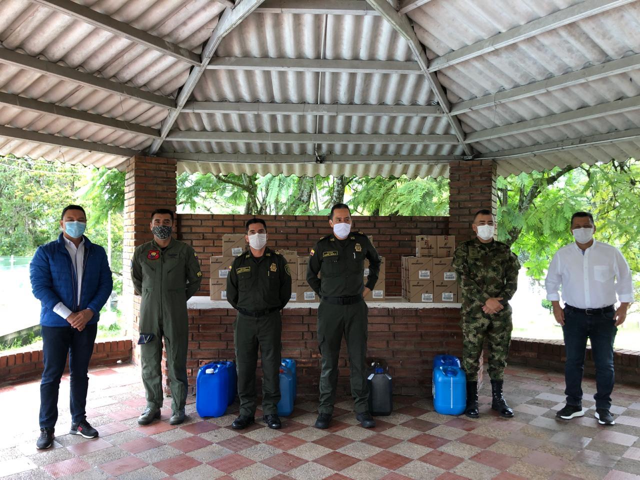 Gobernador hizo entrega de elementos de bioseguridad a la Fuerza Pública