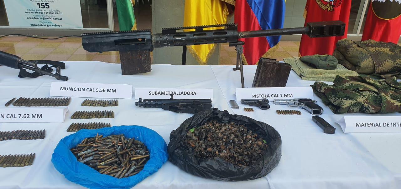 Hallaron cinco depósitos ilegales de material bélico