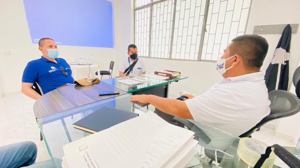 Gerente del Imdri recibió visita del Ministerio del Deporte en inspección de obras del Parque Deportivo