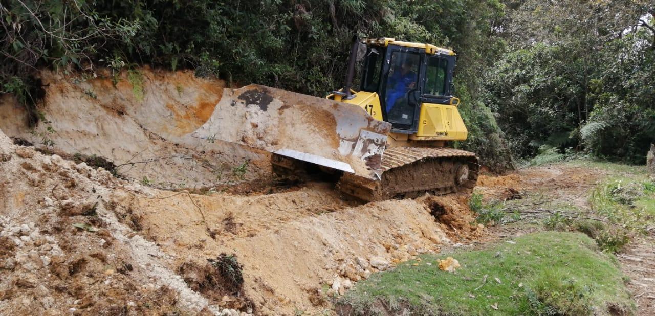 Alcaldía de Ibagué intervino 12 kilómetros de vía en Dantas