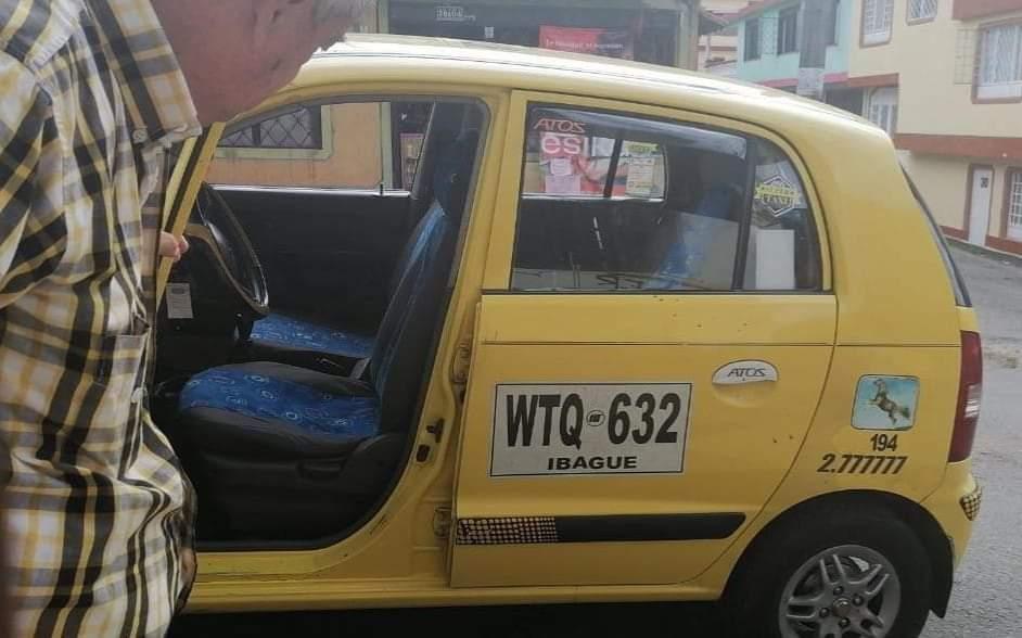 Taxista fue apuñalado en un atraco en Los Mártires