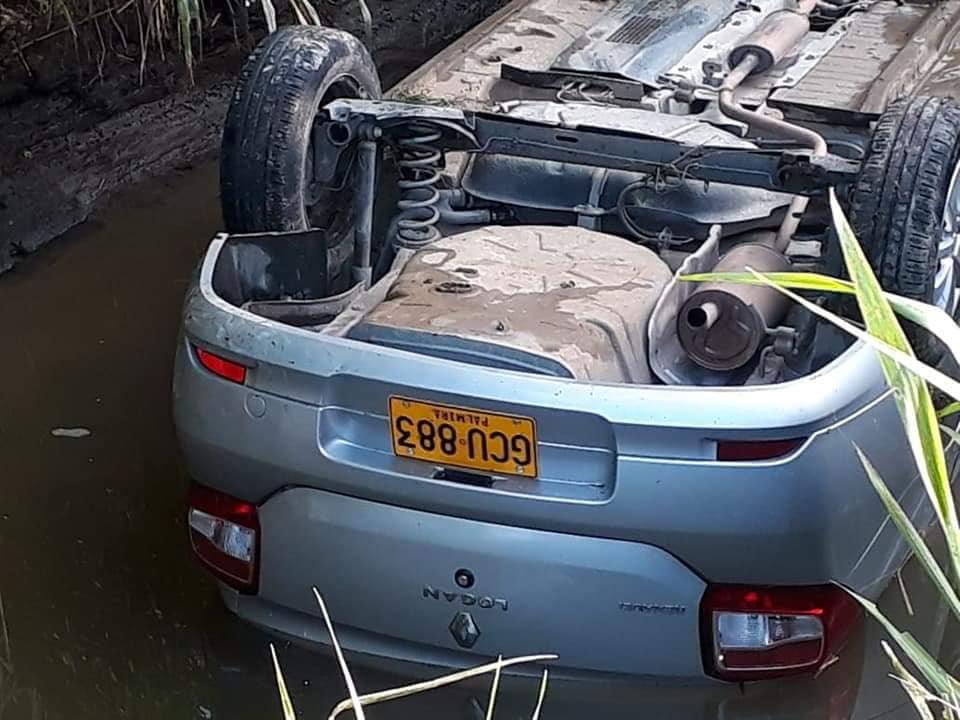 Conductora cayó a canal de riego en la vía Guamo-Espinal