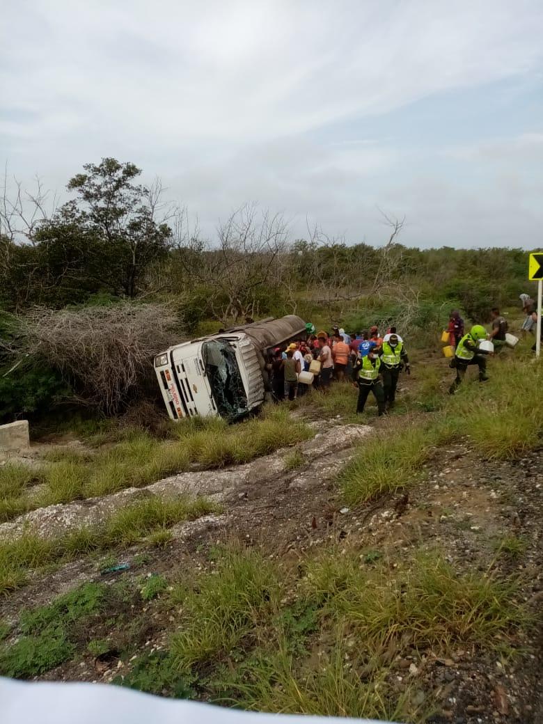 Tragedia por explosión de camión con gasolina en la Costa Caribe sube a 24 muertes