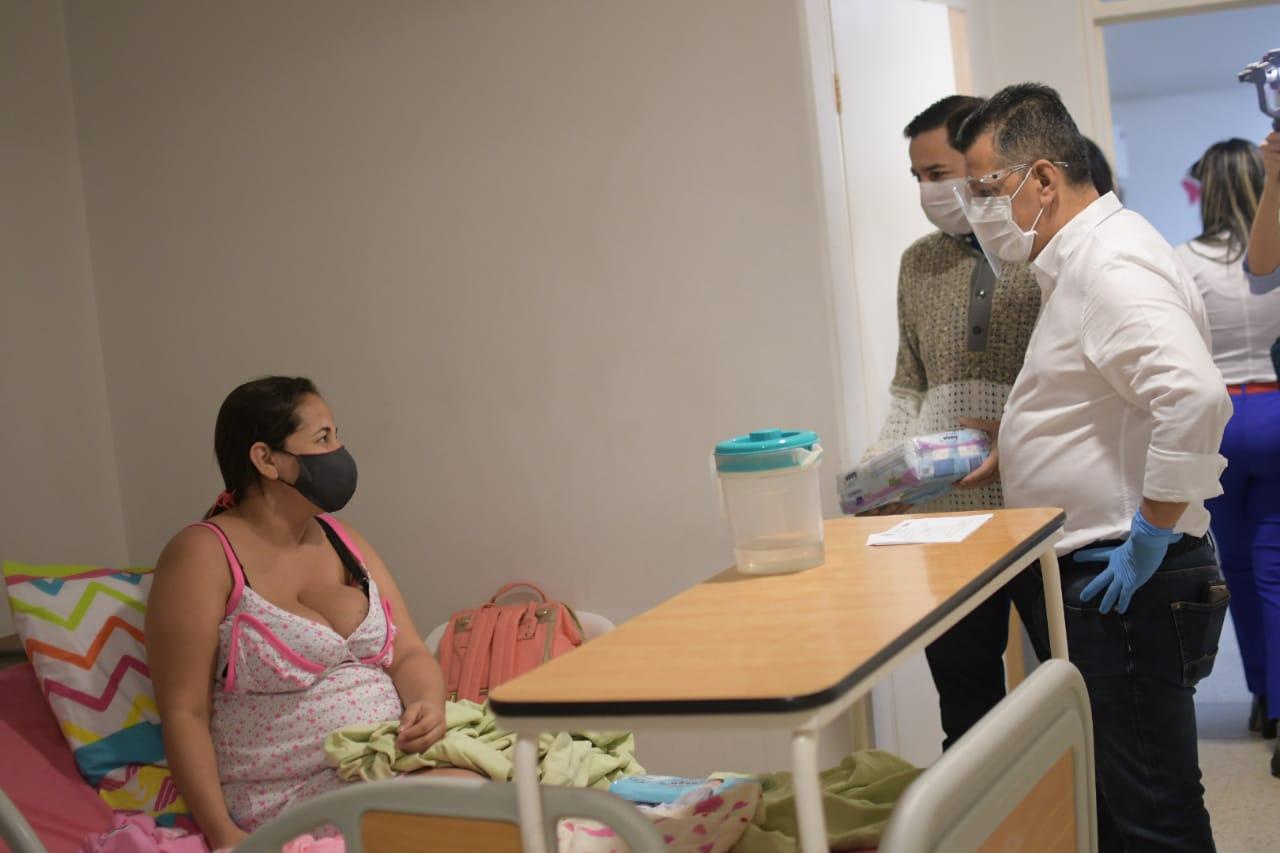 Gobernador y Alcalde madrugaron a hacer visitas al servicio de salud pública