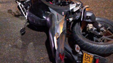 Motociclista falleció en la madrugada de este jueves en la entrada del barrio Topacio