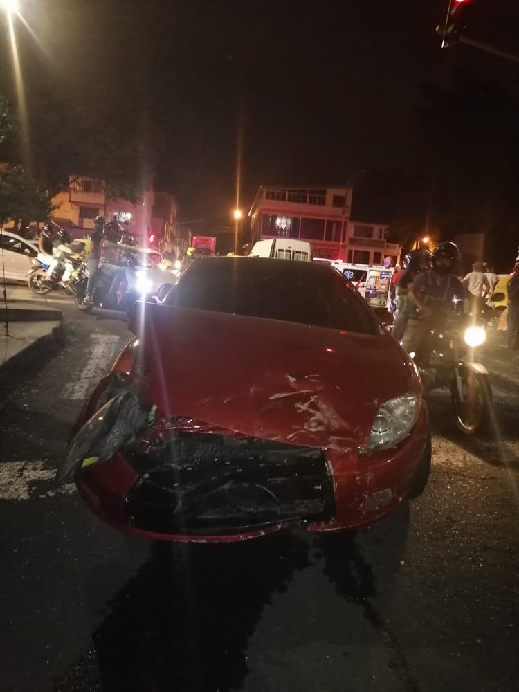 Violento choque en la Ferro con 30 dejó cuatro lesionados
