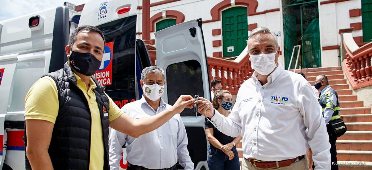 Gracias al Túnel de La Línea, Cajamarca y Calarcá cuentan con nuevas ambulancias