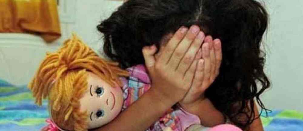 Acusado de abusar sexualmente de su hijastra de ocho años de edad