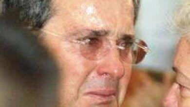 Dictan medida de aseguramiento contra Alvaro Uribe Vélez