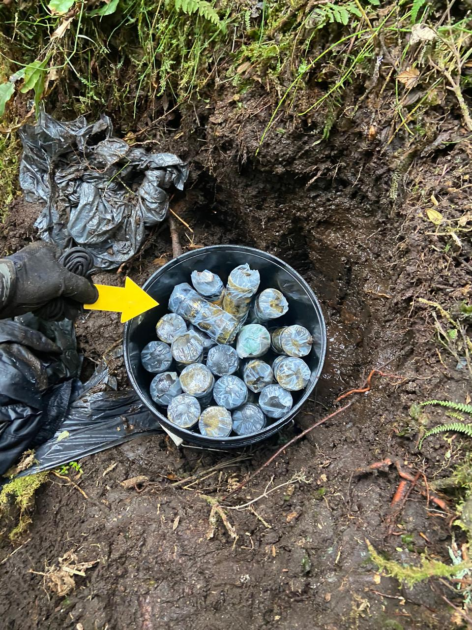 Incautan munición y explosivos entre Tolima y Caldas