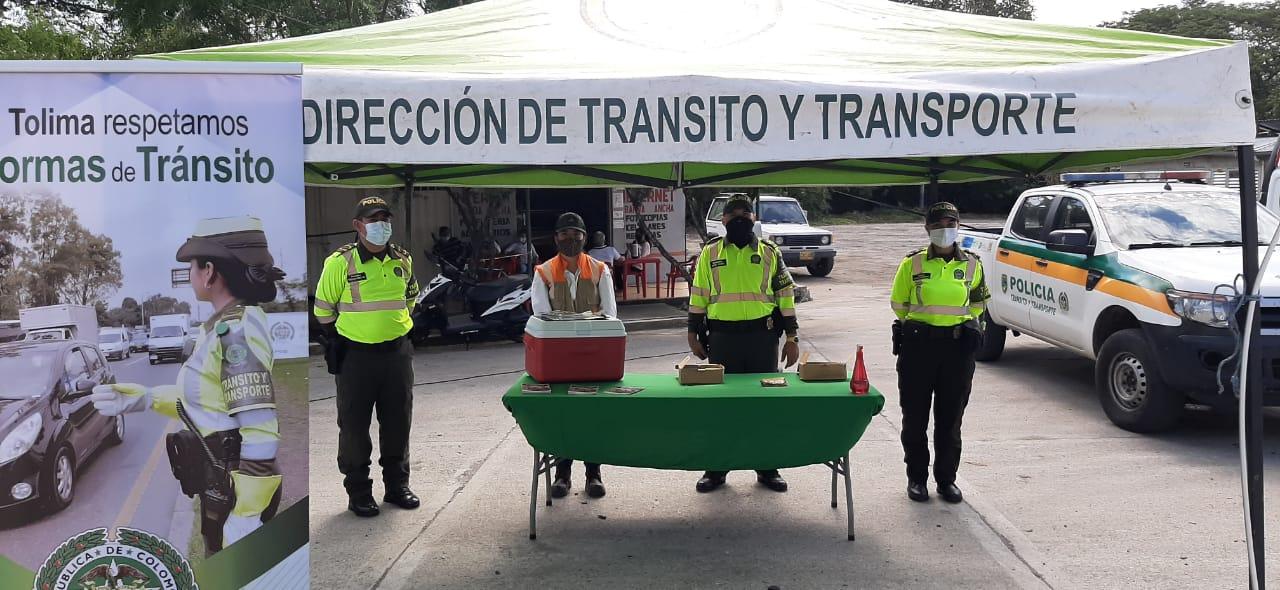 Policía del Tolima adelanta en las vías una campaña contra la propagación del Covid