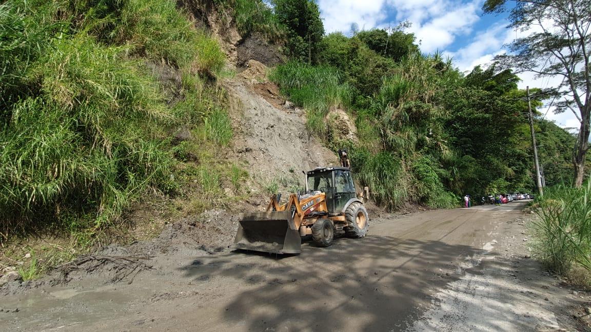 Lluvias del fin de semana ocasionaron emergencias y taponamientos en varios sitios de Ibagué